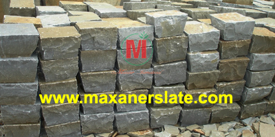 Hand-cut limestone / sandstone cobbles supplier from India.